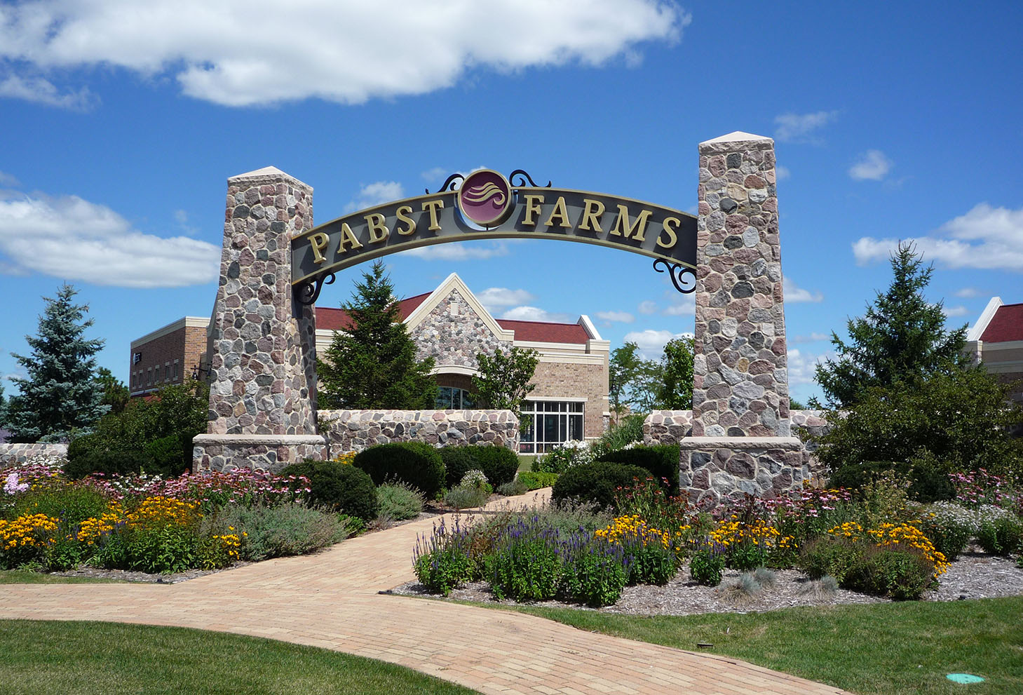 Pabst Farms welcome sign
